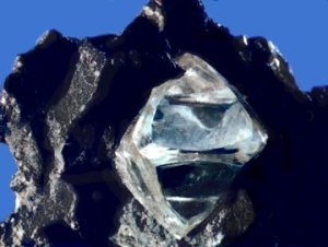 Rough_diamond